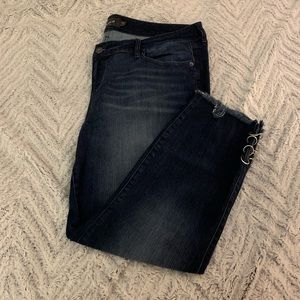 Torrid Premium Cropped Ankle Skinny Jean. Size 18R